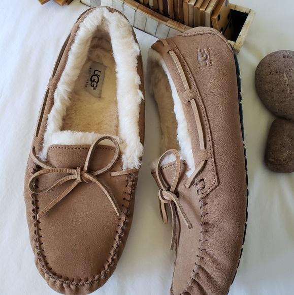 445c9e02749 UGG Australia Mens Olsen Moccasin Slippers